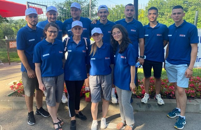 """Our kind volunteers from the Faculty of Physical Education and Sports within the University """"Al. I. Cuza"""" Iași have already entered their rhythm."""